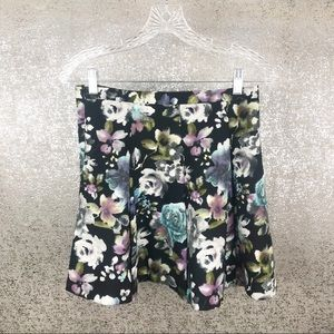 Skies Are Blue Floral Print Skirt Size Small